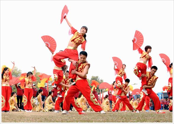 Foxlink Group Sports Carnival Activity At Dong Keng 2012